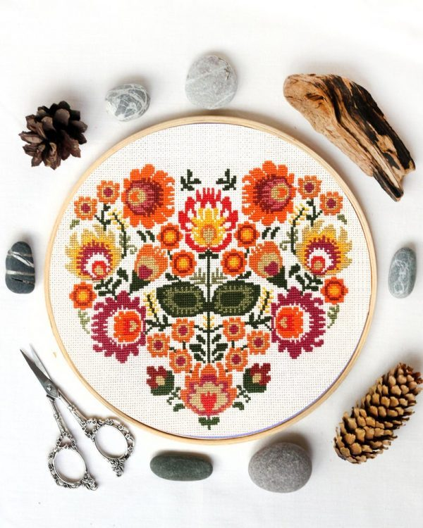 32 autumn cross stitch charts