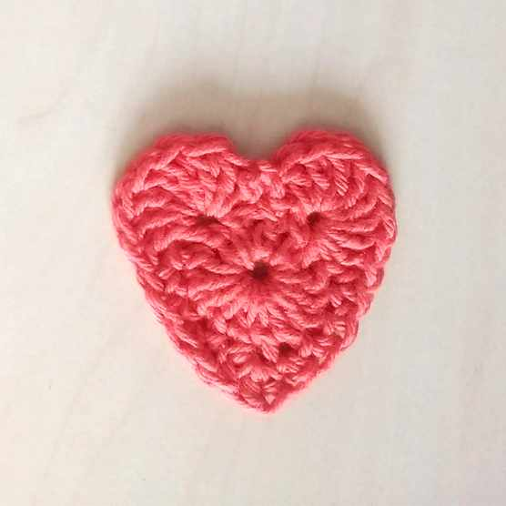 how_to_crochet_a_heart_complete