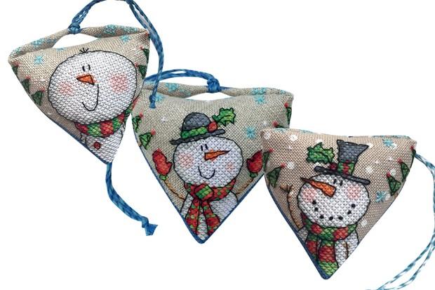 Win a set of Durene Jones' Christmas ornament charts ...