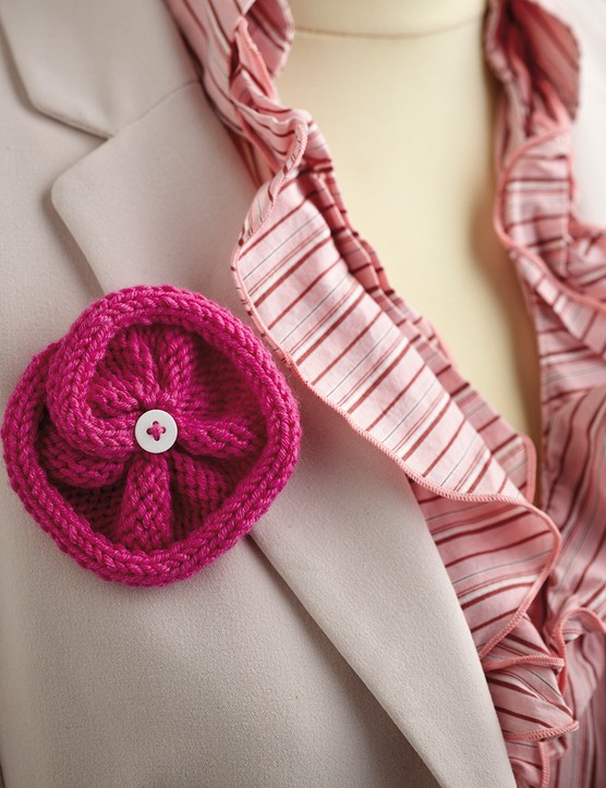 how to knit a flower corsage