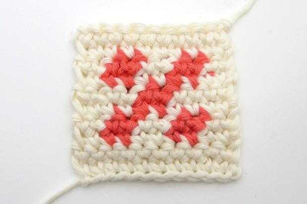 How to do crochet colourwork