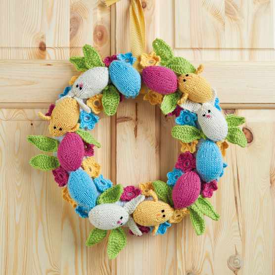 Knitted Easter Wreath