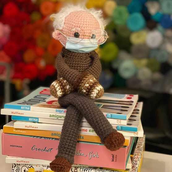 amigurumi_bernie_sanders_crochet_pattern