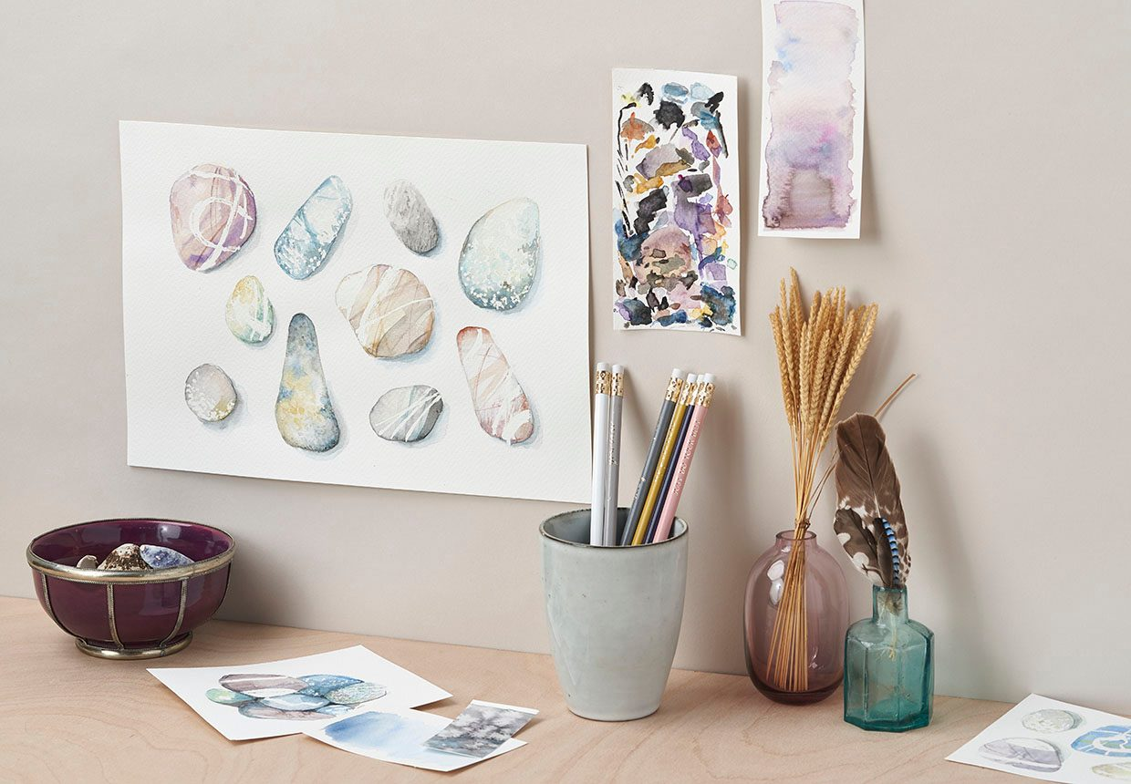 How to paint watercolour pebbles