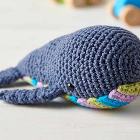 Free_crochet_whale_pattern