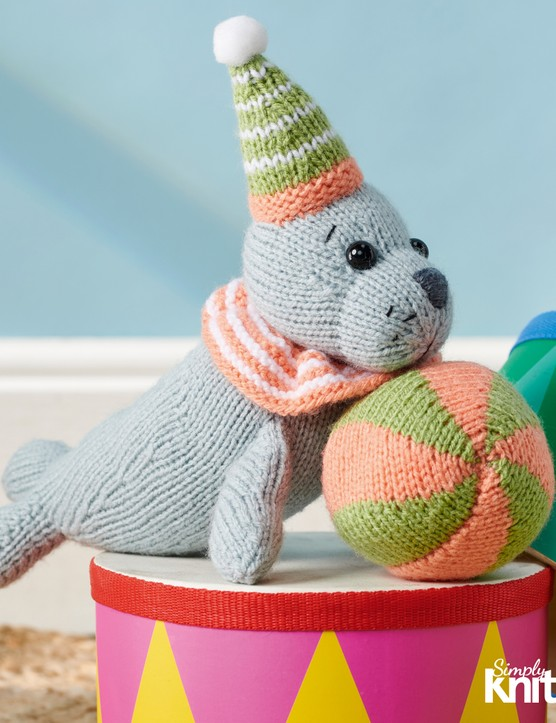Simply kniting 214 elephant toy