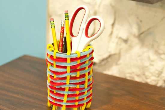 Pipe cleaner crafts for kids pot holder