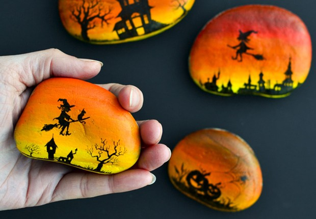 Halloween rock painting ideas by adventure-in-a-box.com