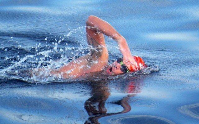 Adam Walker swimming
