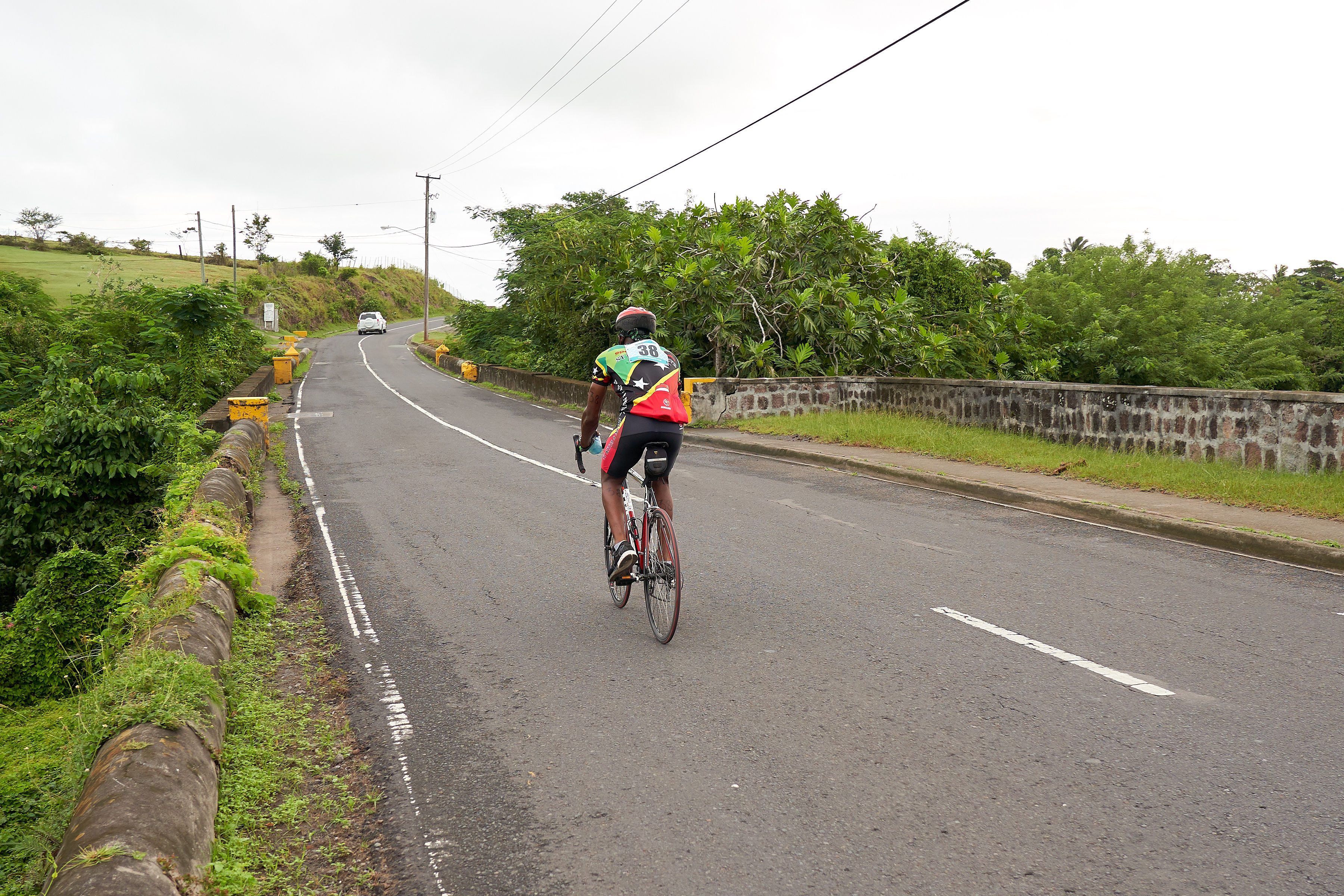 Competitors head out on the Nevis Triathlon bike course. Image: Ryan Delano
