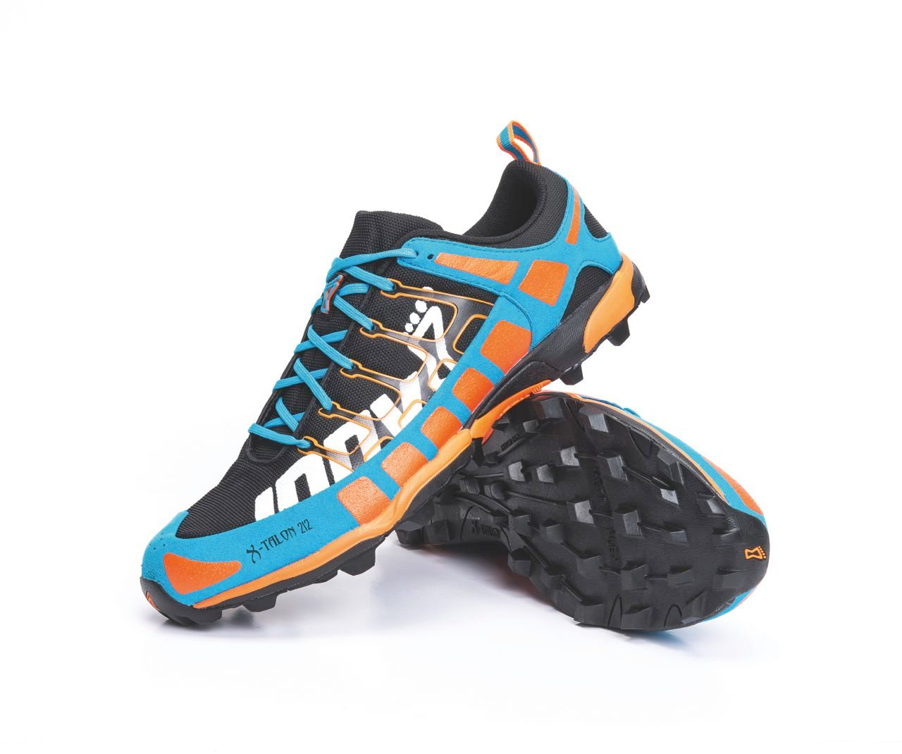 Off-road run shoes