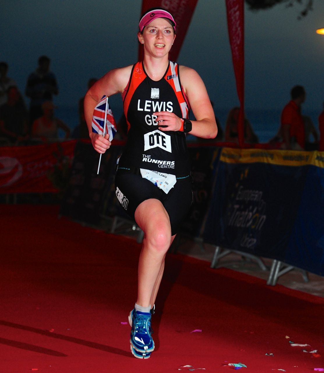 Niamh Lewis on the run at Challenge Paguera-Mallorca 2014