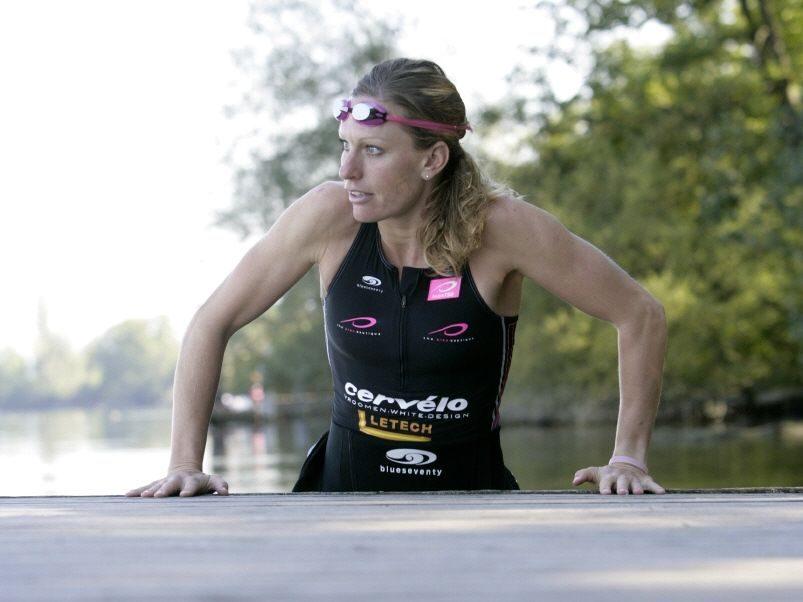 Caroline Steffen in swim training