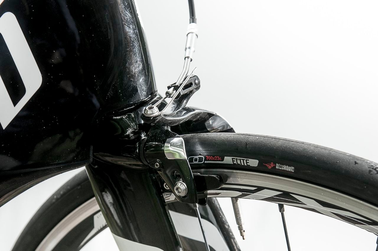 Front brakes on Specialized Shiv