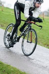 220 tester riding Canyon Speedmax CF9.0 Pro