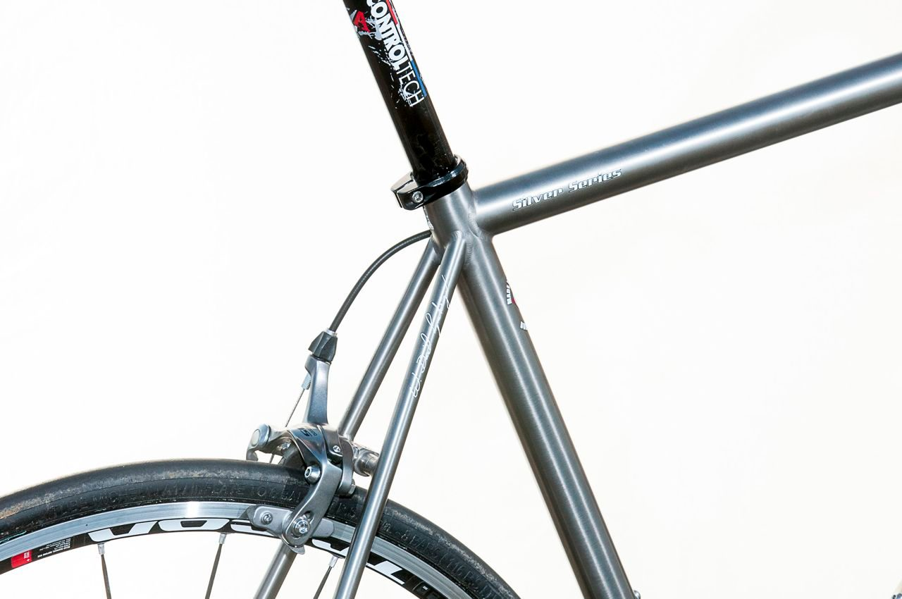 Classic lines and thin tubing on Lynskey Rouleur road bike