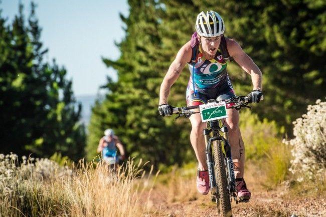 Flora Duffy on the bike