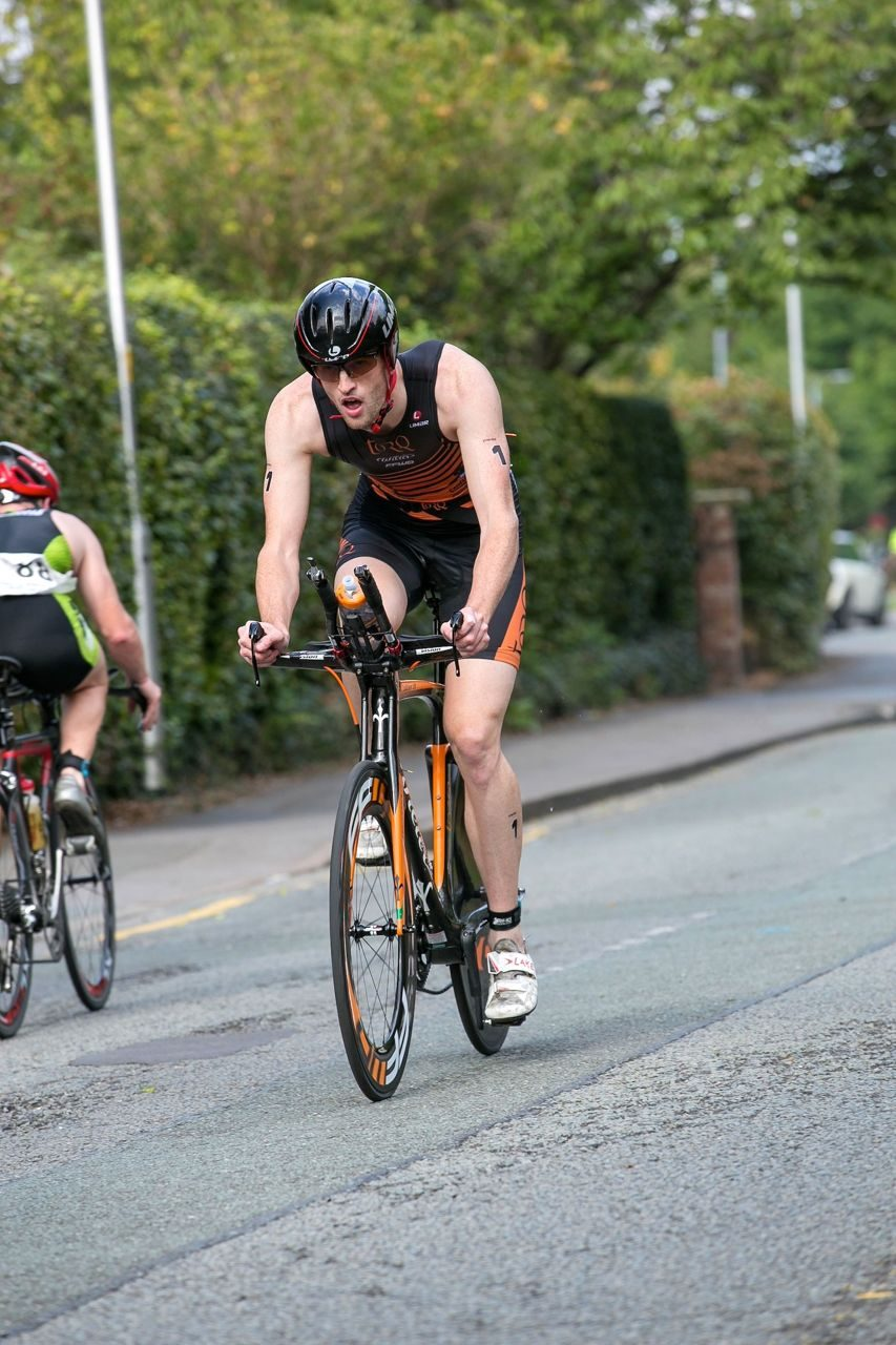 Hamish Shaw racing at the South Manchester Triathlon 2014