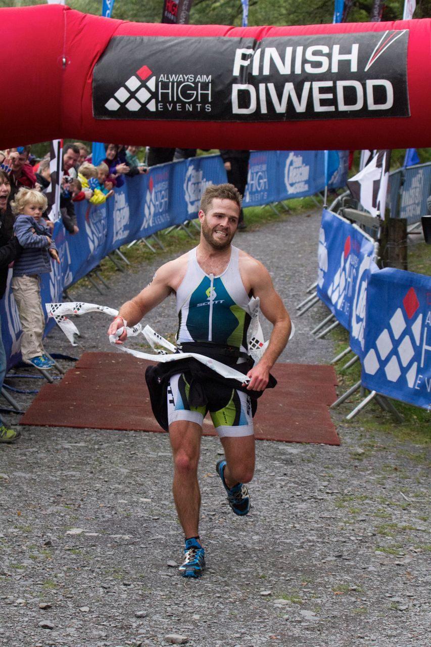 Huw Brassington wins Sprint Snowman Triathlon 2013
