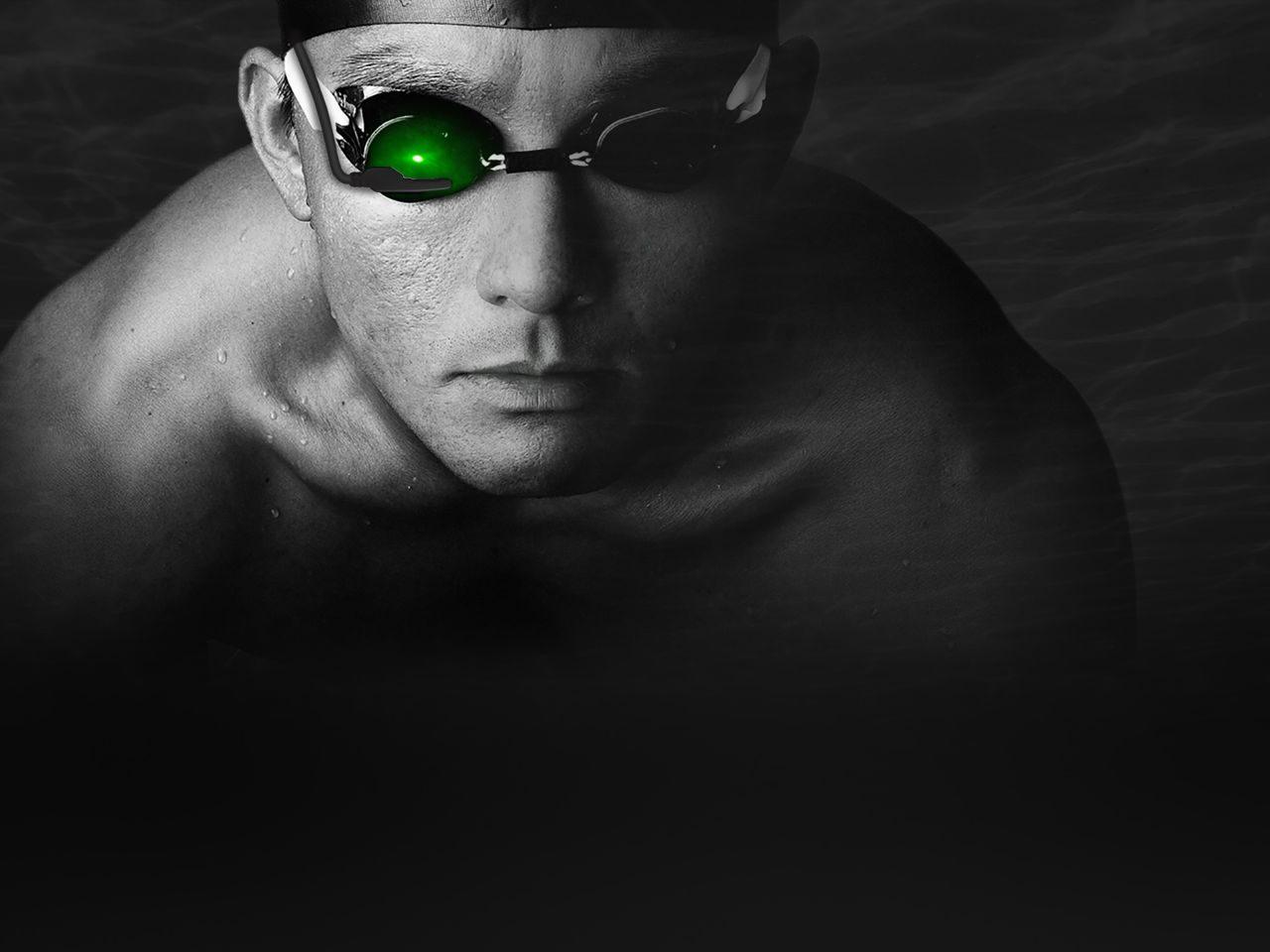 IOLITE swimming aid