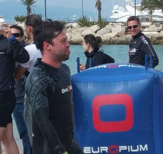 Matt Baird leaving the swim at Cannes Triathlon