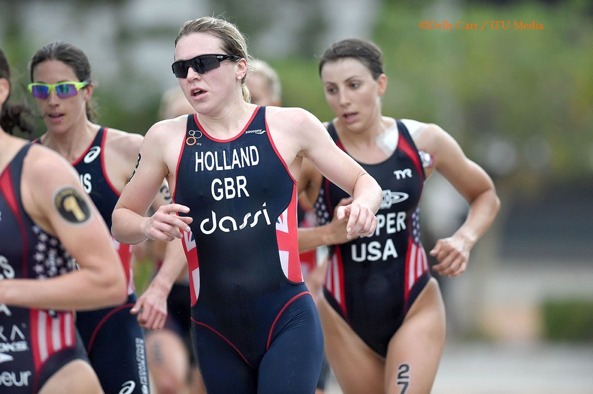 Vicky Holland racing at WTS Cape Town