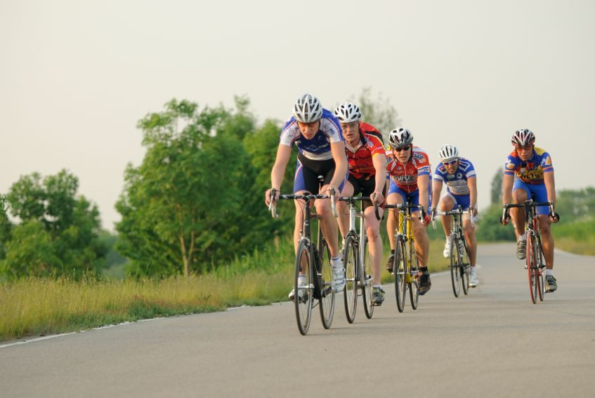Cyclists on a club run
