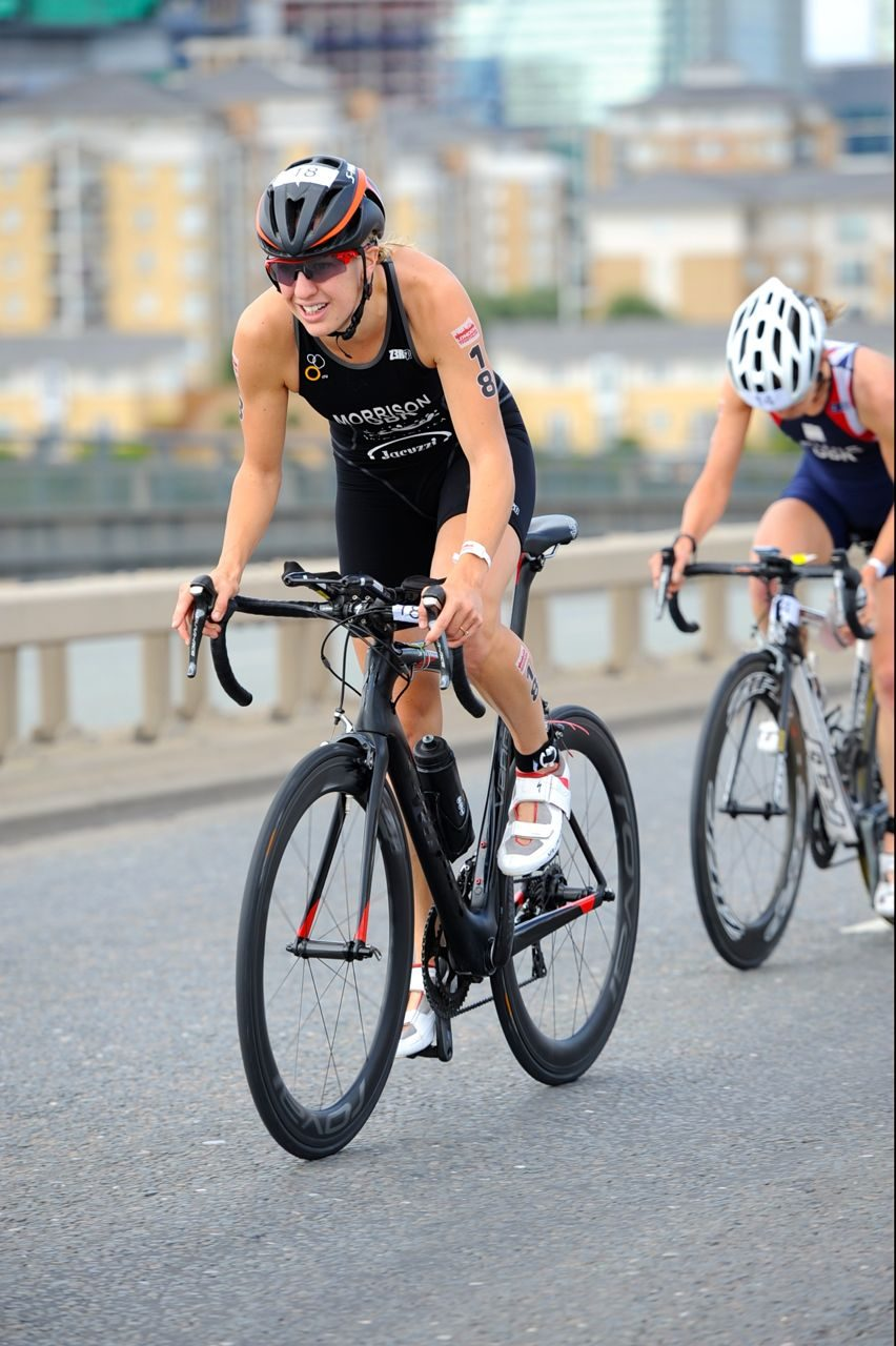 Kimberley Morrison on the bike at London Triathlon 2014