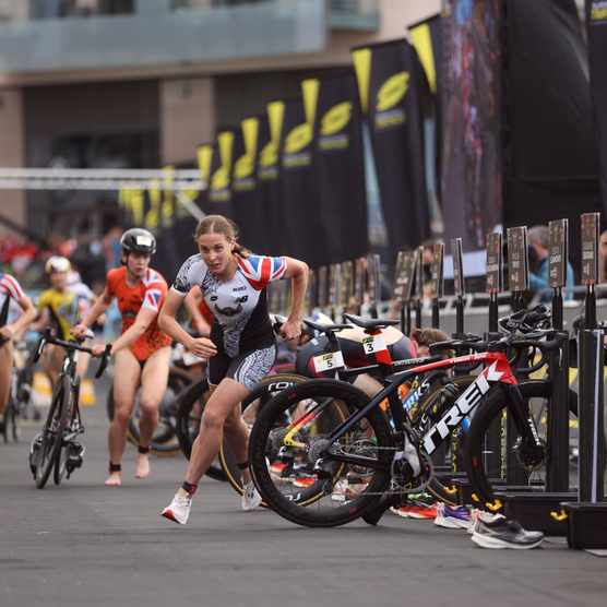 ST HELIER, JERSEY. 18 SEPTEMBER 2021; during the Womens race of the Super League Triathlon 2021 Series in St Helier, Jersey on September 18, 2021. (Tom Shaw for Super League Triathlon)