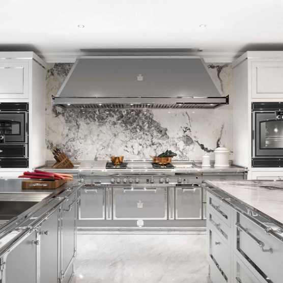 Officine Gullo kitchen
