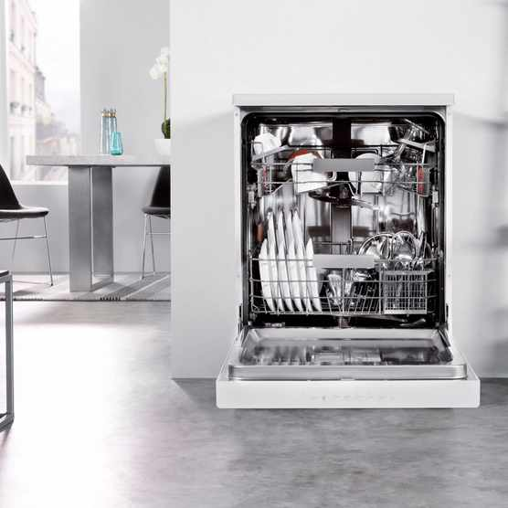 Whirlpool Supreme Clean-freestanding dishwasher