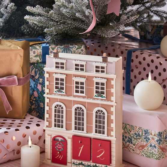 Lights4fun Townhouse Advent Calendar