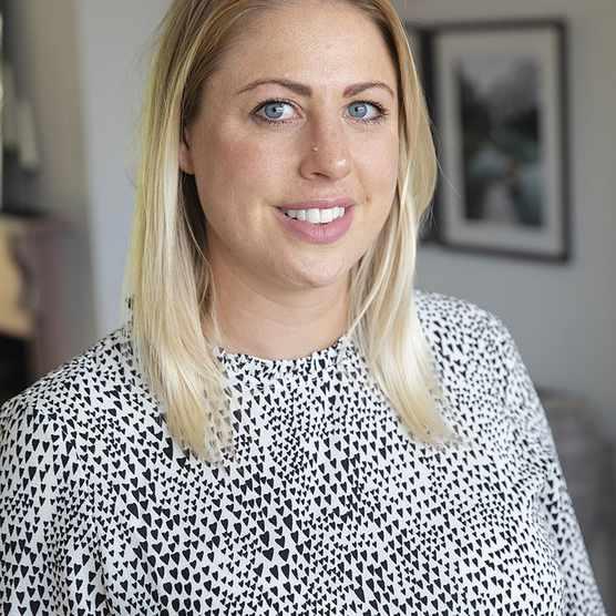 Laura Chambers