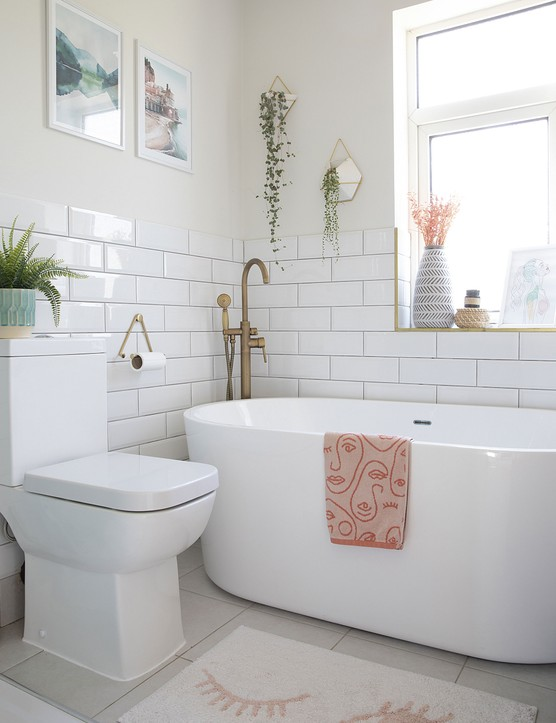 'A free-standing bath from Easy Bathrooms was the perfect solution to free up space without compromising on style and luxury,' says Laura. 'Even though it's compact, it's really deep and a great place for unwinding at the end of the day'