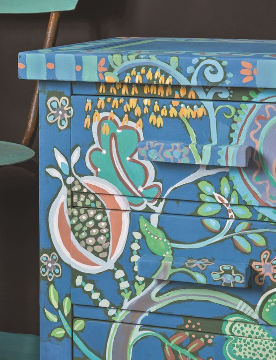 Chest Of Drawers Pattern Created Using Detail Brushes, Annie Sloan