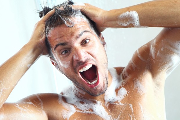 Why does shampoo make your eyes sting? © Getty Images