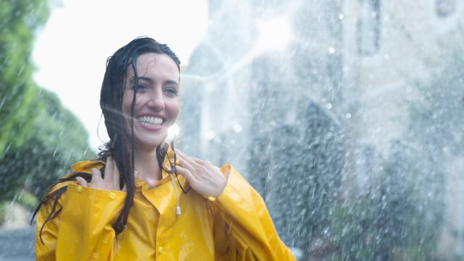 Why does hair get darker when wet? © Getty Images