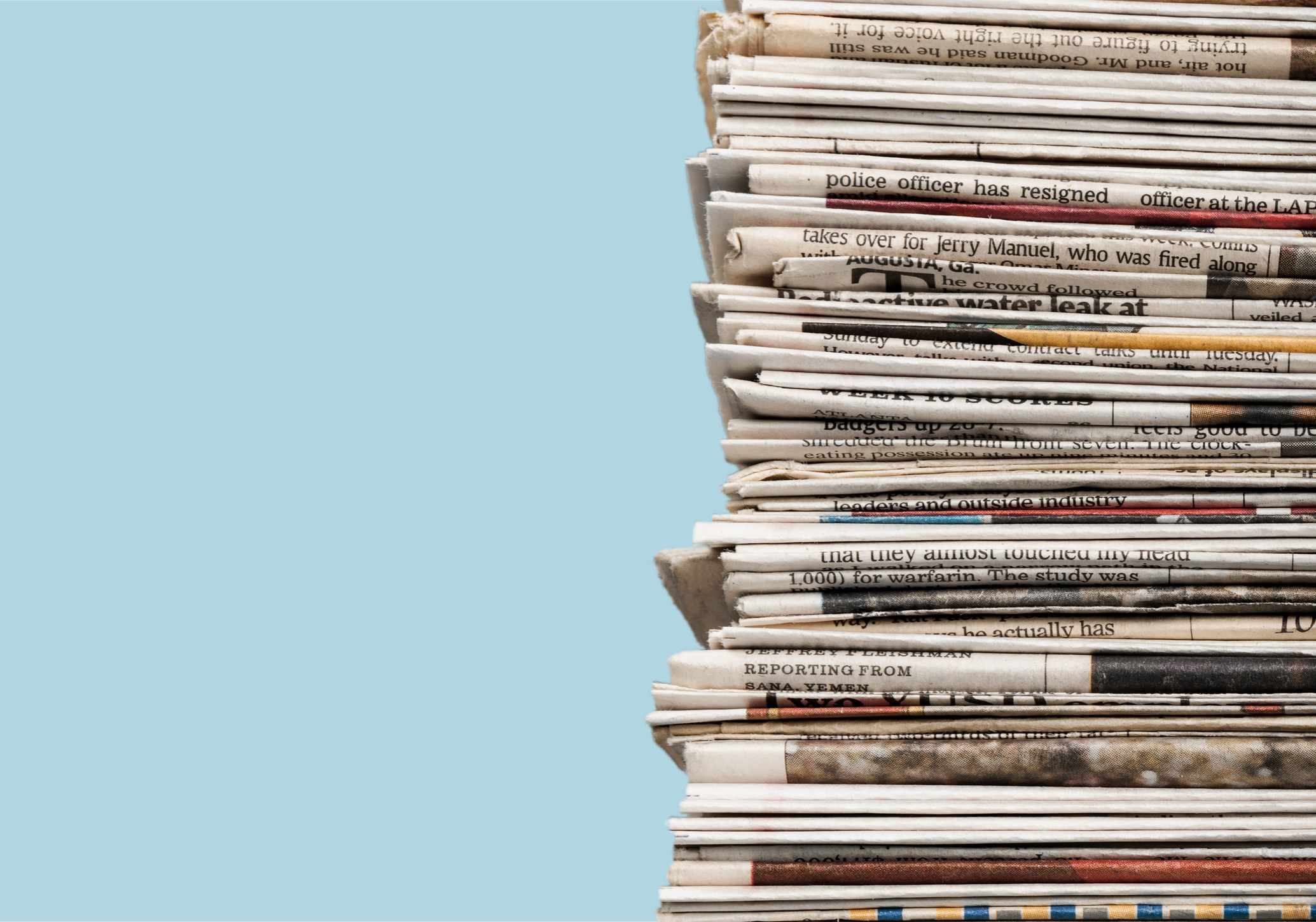 How long can a newspaper be stored before it disintegrates? © Getty Images