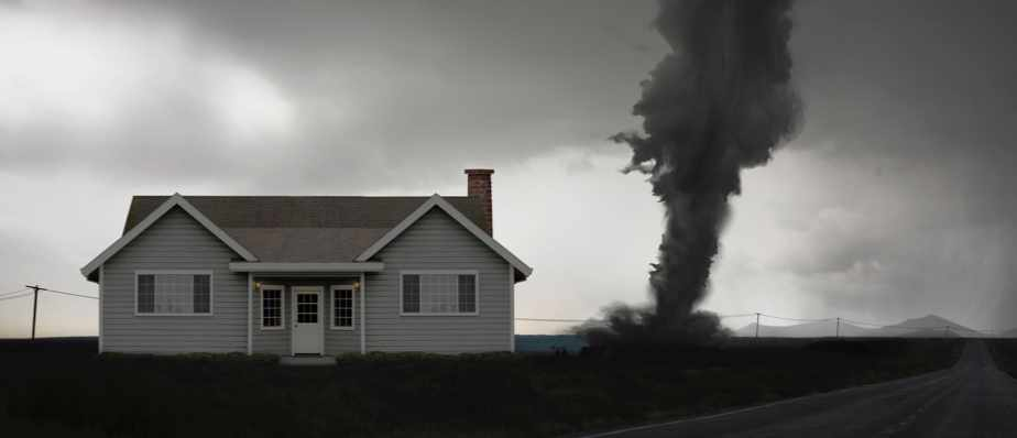How do tornadoes rip roofs off? © Getty Images