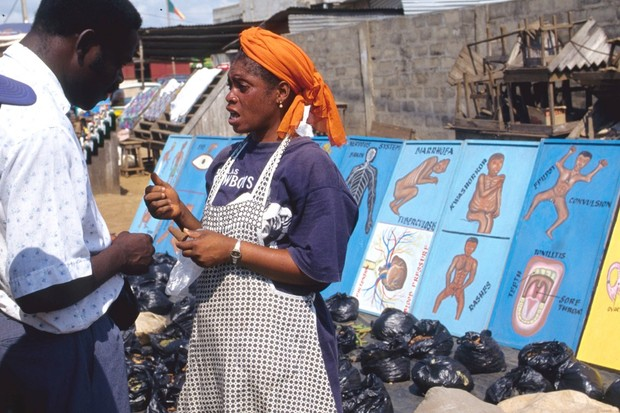 A typical street pharmacy in Ghana © H. Christoph/ullstein bild via Getty Images