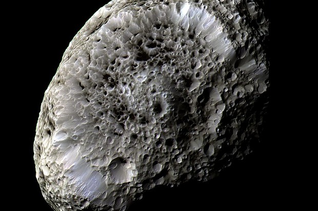 Hyperion © NASA/JPL/Space Science Institute