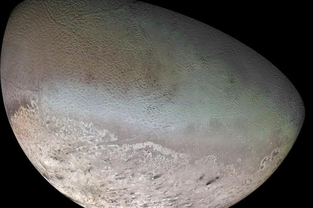 Triton © NASA/JPL/USGS
