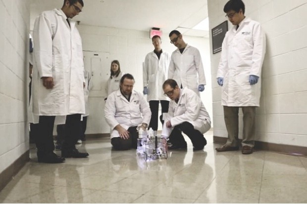 University of Ohio researchers with their 'S-pee-d Racer' car, which runs on hydrogen extracted from urea © University of Ohio