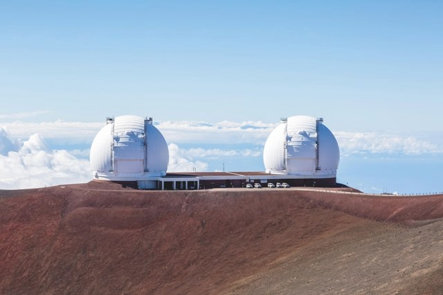 Inspired by the LSST (below left) and the Keck Observatory (left), which both received money from private investors, Dr Jon Morse set up the BoldlyGo Institute to attract funding for Project Blue and other missions © Alamy