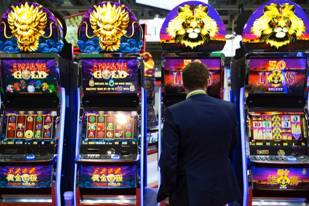 Social media apps use similar tools to those employed by casinos to keep you scrolling through your feed © Getty Images