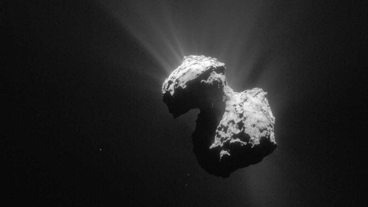 "Comet 67P/C-G, known as the ""rubber duck"" taken by Rosetta's NavCam © ESA/Rosetta/NAVCAM"