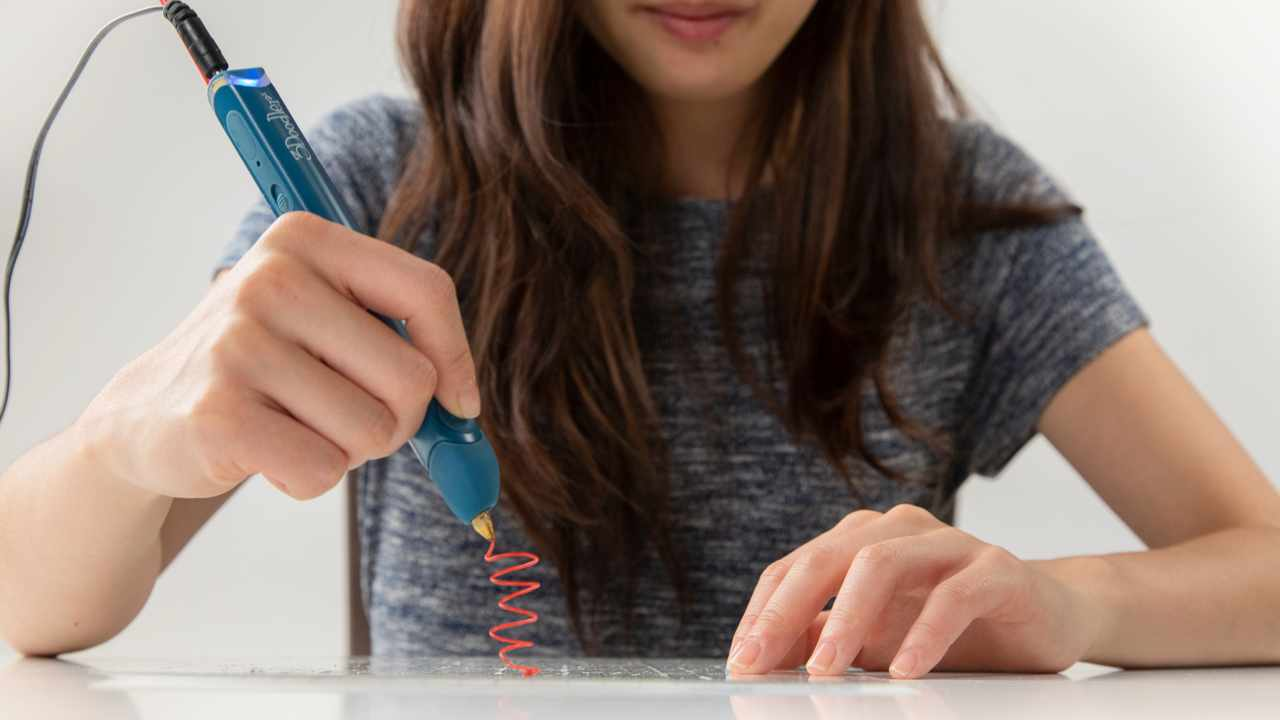 3Doodler Create+: a 3D printing pen for potential Picassos