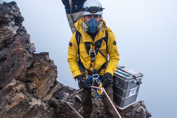 Aldo Kane prepares to descend into Nyiragongo
