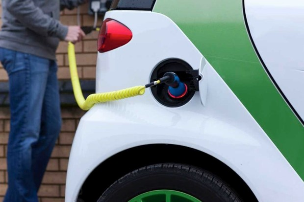 Will electric cars reduce pollution? © Getty Images