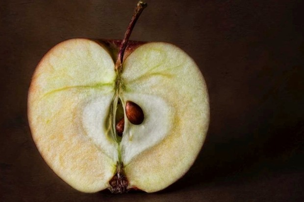 Why do apples turn brown so fast? © Getty Images